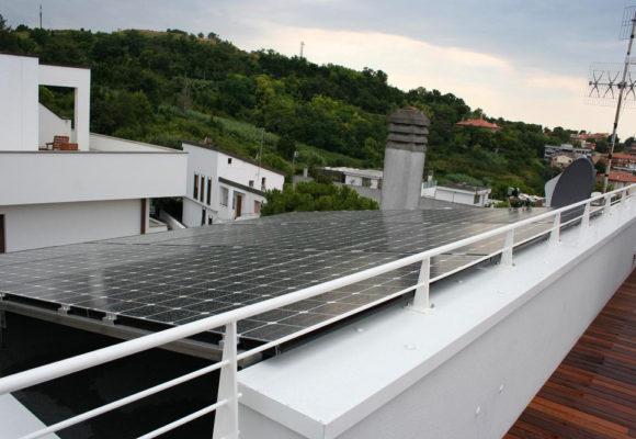 Impianto fotovoltaico su copertura civile